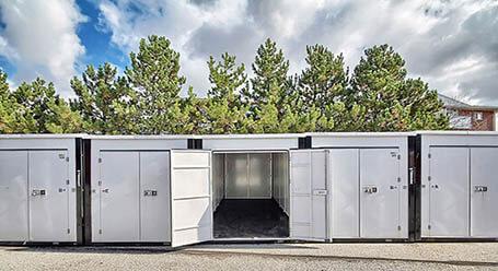 StorageMart on Bell Farm Rd in Barrie Self Storage Facility