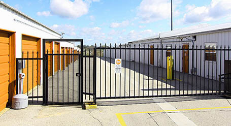 StorageMart on Commerce Park Dr in Innisfill Gated Access