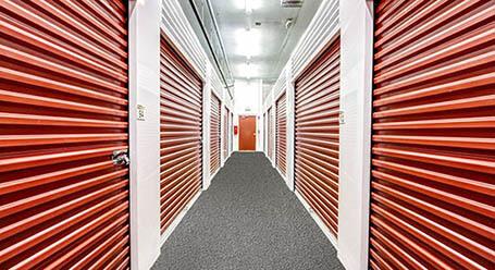 StorageMart on Griffin Road in Ft-Lauderdale Self-Storage Units
