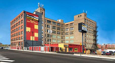 StorageMart on Halsted Street in Chicago Self Storage Facility