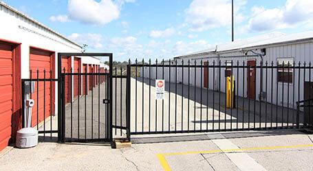 StorageMart en Highway 6 en Avon Acceso privado
