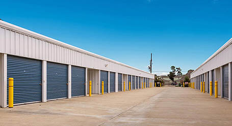 StorageMart on Ihles Road in Lake Charles Drive-Up Units