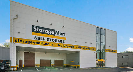 StorageMart on Knaves Beech Way in High Wycombe Self Storage