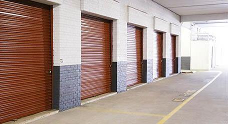 StorageMart on Lee Highway in Fairfax Self Storage Loading Bay