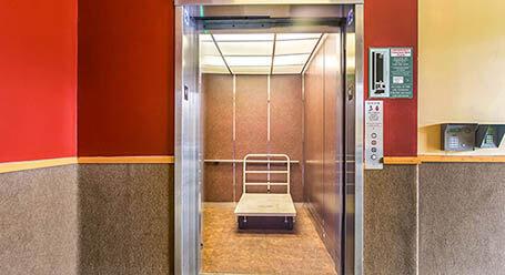StorageMart on Madison Street in Chicago Elevator Access