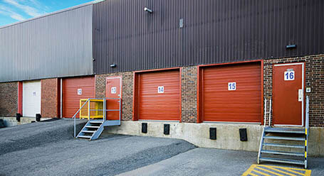 StorageMart on Morrow Rd in Barrie, ON Dock High Loading Bay