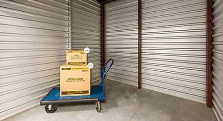 StorageMart on Nipissing Rd in Milton Interior Units
