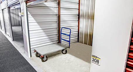 StorageMart on North Eola Road in Aurora Interior Units