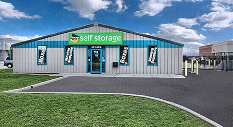 StorageMart on South Edgeware Rd in St Thomas Self Storage