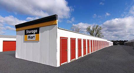 StorageMart on St Marys Boulevard in Jefferson City Drive-Up Units