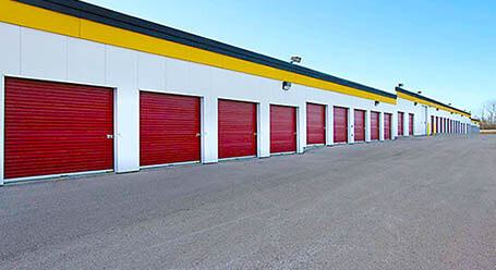 StorageMart on Tretheway Drive in North York Drive-Up Email