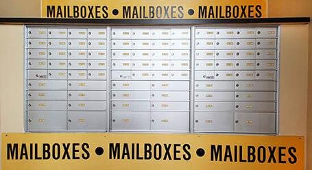 StorageMart on Wallabout Street in Williamsburg Mailboxes