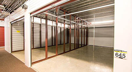 StorageMart on West 135th St in Overland Park Workshop Unit