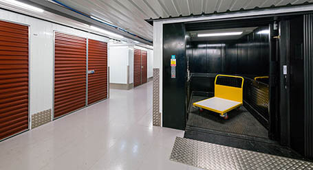 StorageMart on West North Ave in Lombard Freight Elevator