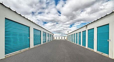 StorageMart on Weston Road in Woodbridge Drive-Up Units