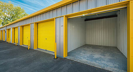 StorageMart on Willowbrook Road in Worthing drive up units