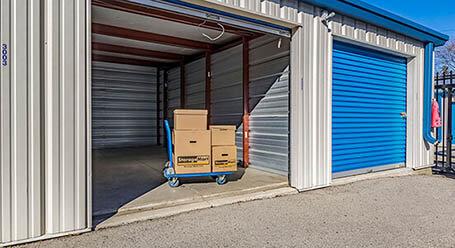 StorageMart on Wonderland Road in North London Self Storage Units