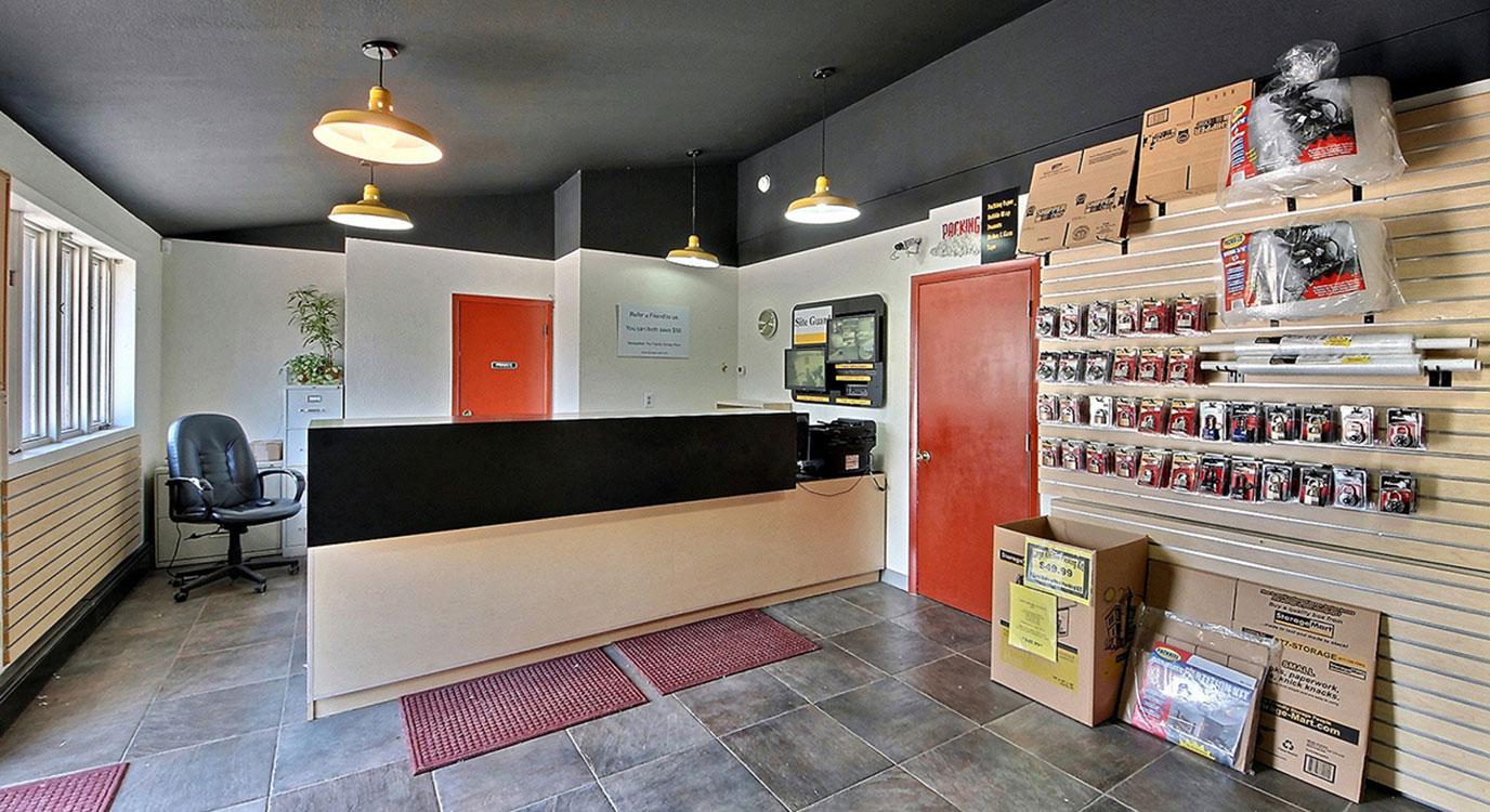 StorageMart Office- Self Storage Units Near Rt 82 & Willits In Basalt, CO