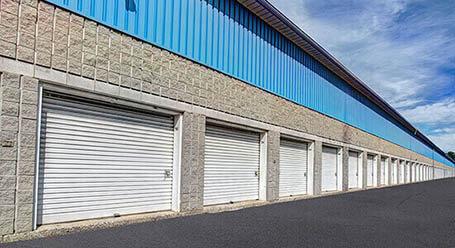 StorageMart sur Rue Pascal-Gagnon a St Leonard mini-entrepôt