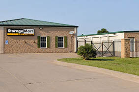 W 43rd Street Storage in Shawnee