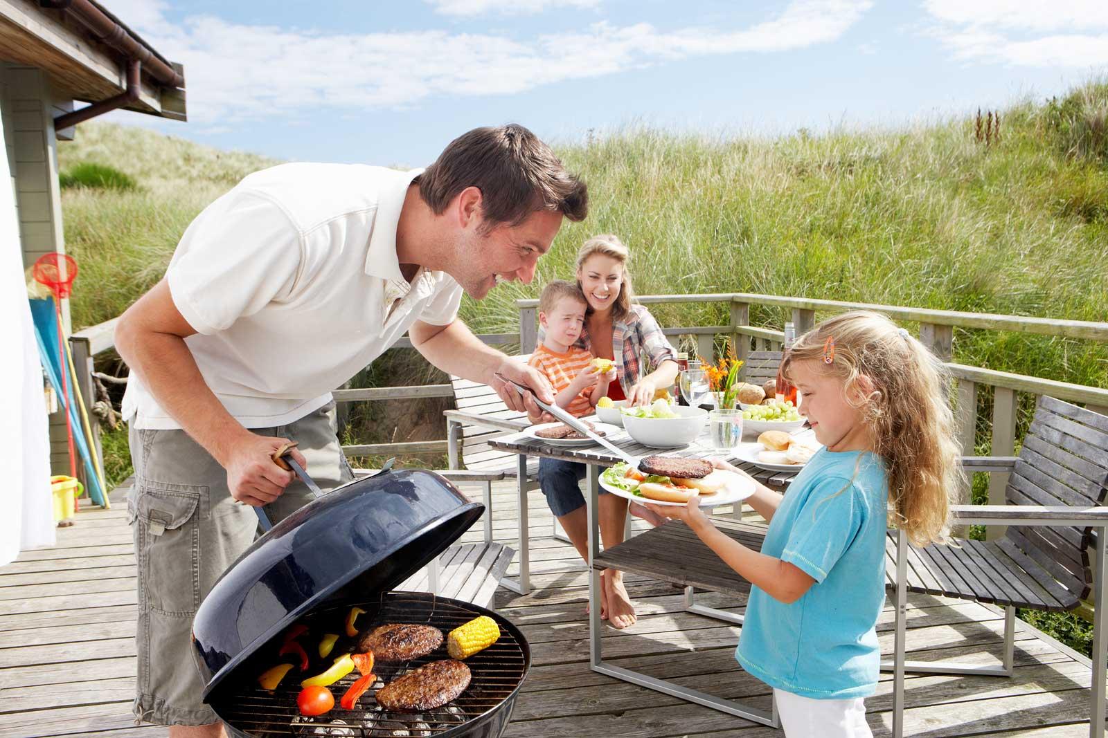Stocker un barbecue au charbon
