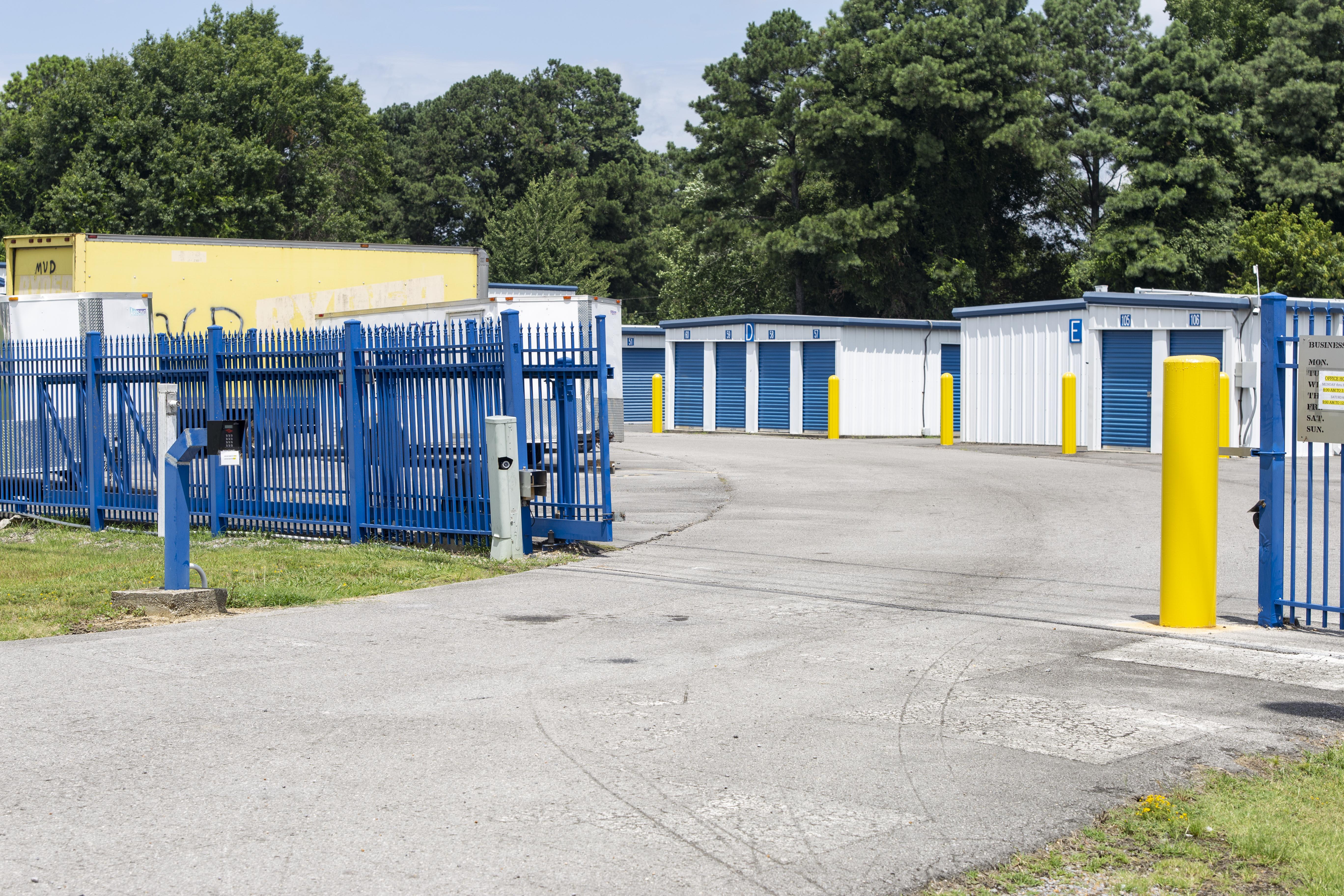 Gated facility in Albertville, AL