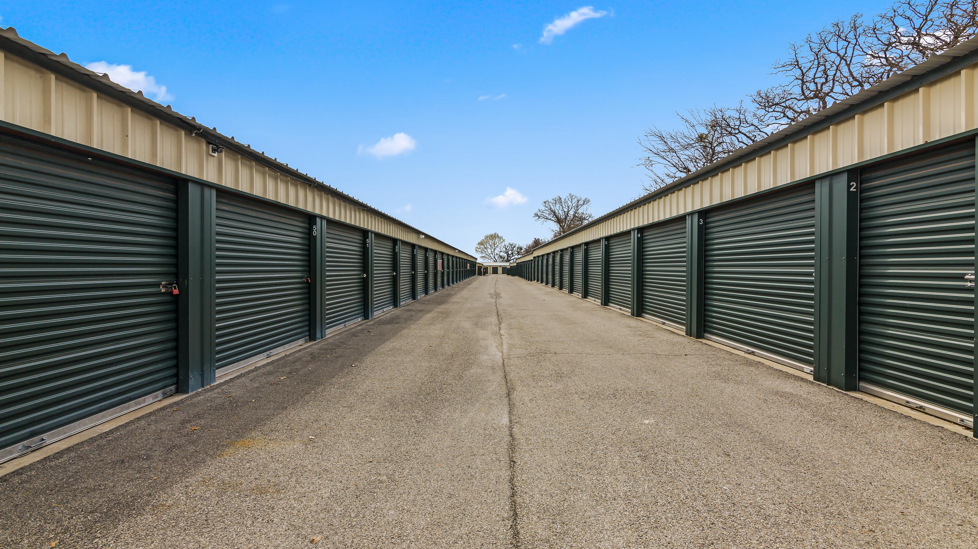 drive up self storage units