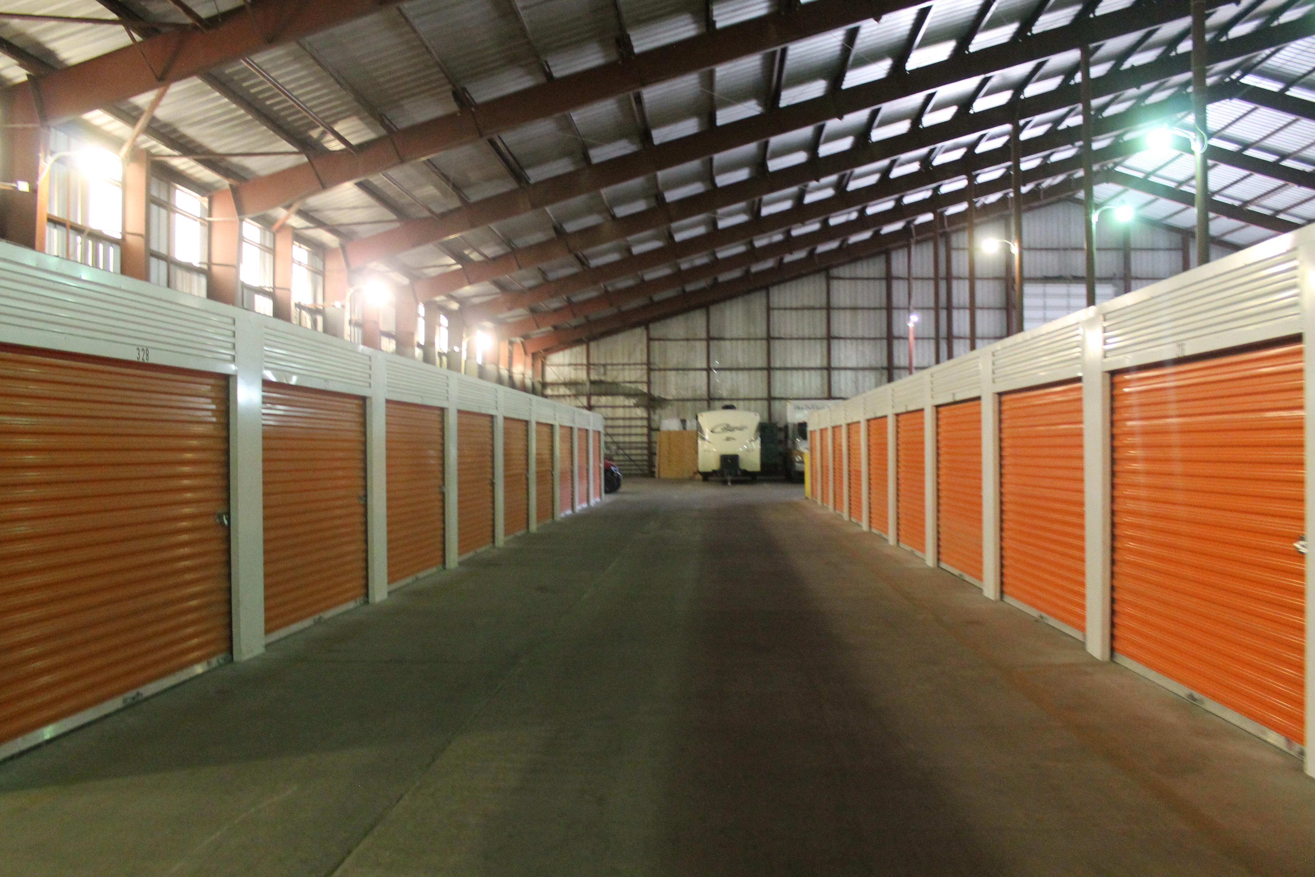 indoor climate control storage Topeka, KS