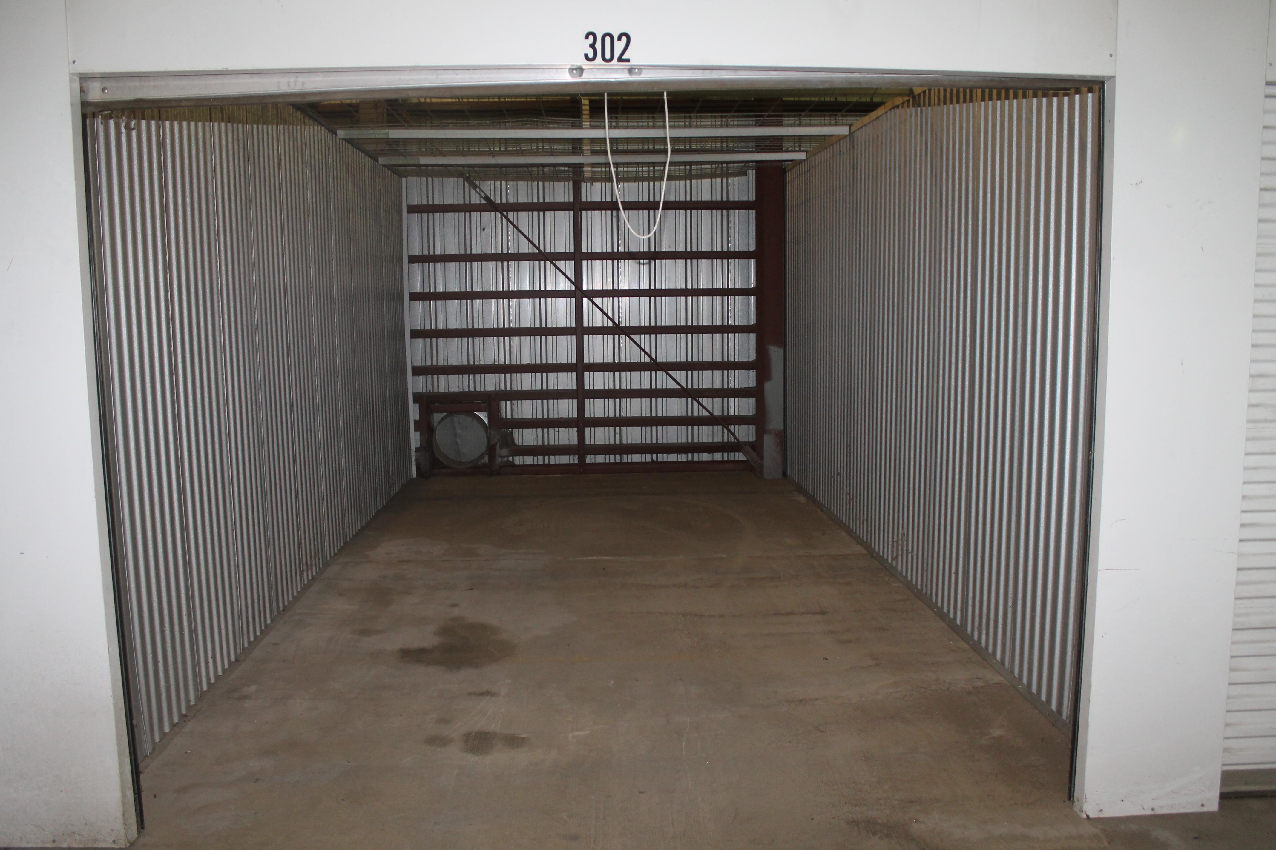 inside of a unit Topeka, KS