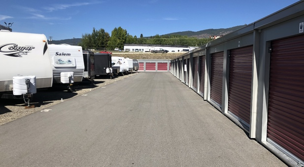 wide aisales for rv parking