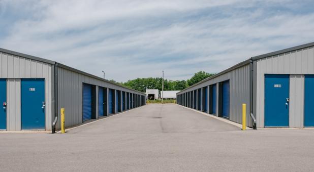 Drive Up Self Storage Bloomingdale Dr