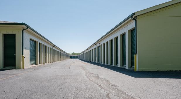 Drive Up Storage Units 46514