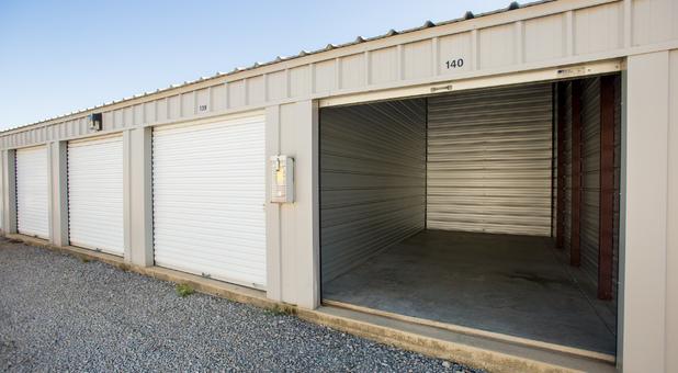 Chapin, SC Storage Units