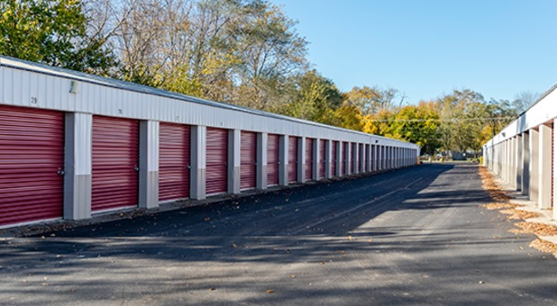 Wide Drive Ways for Easy Unit Access