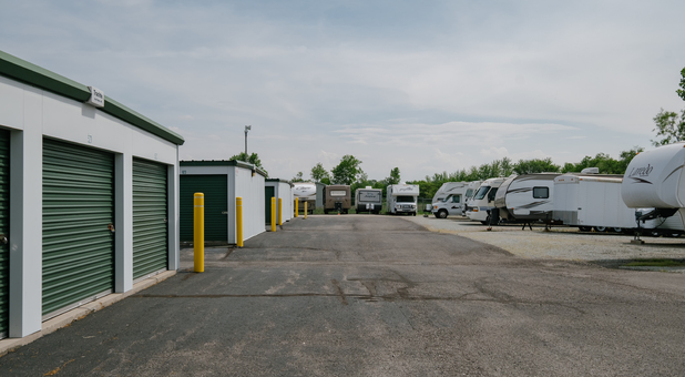 RV, Boat, and Vehicle Surface Parking in Yorktown, IN