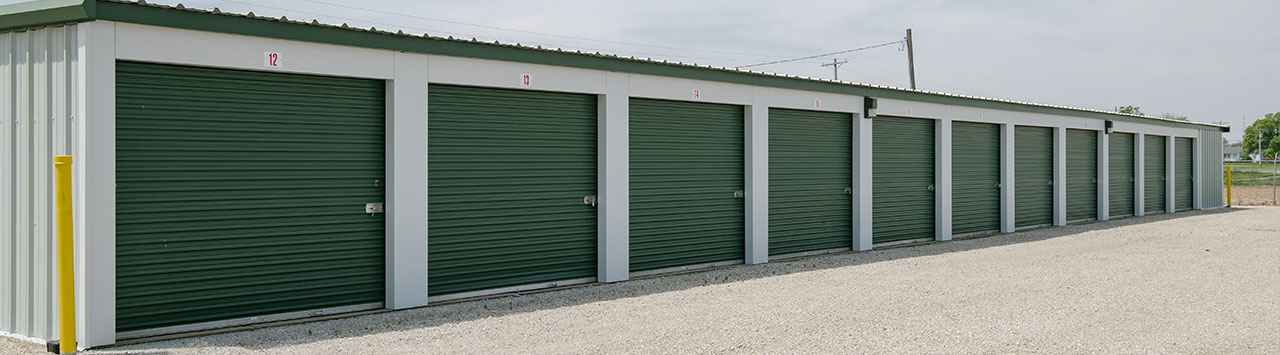 Outdoor Self Storage in Farmland