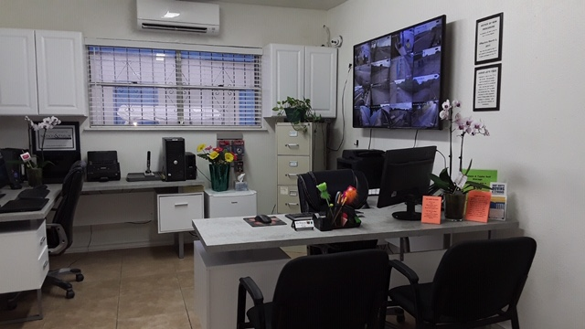 Self Storage Front Office