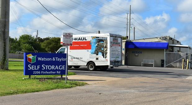 Truck Rental self torage
