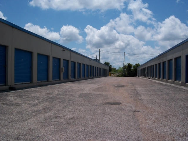 Watson & Taylor Self Storage - Galveston