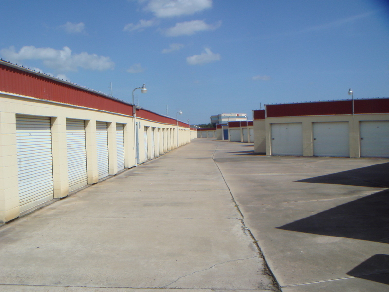 lots of storage unit sizes! victoria, texas