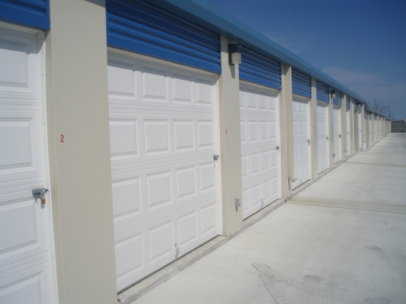 roll up doors for units Hutto, TX