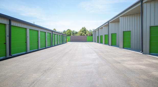 Rows of self storage units in Meridian, ID