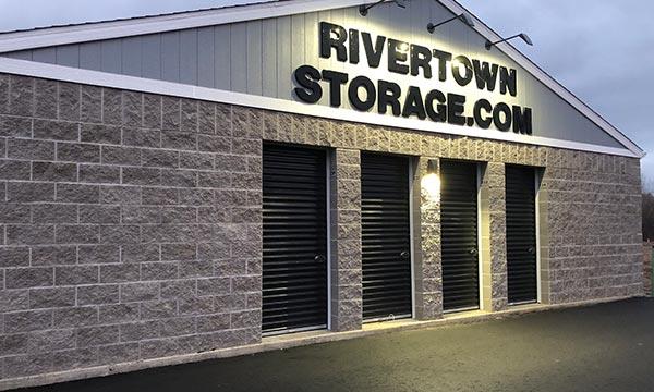 Self Storage In Hastings Mn 55033 River Town Storage