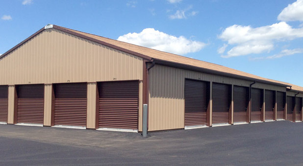 Row of storage units in Noblesville, IN