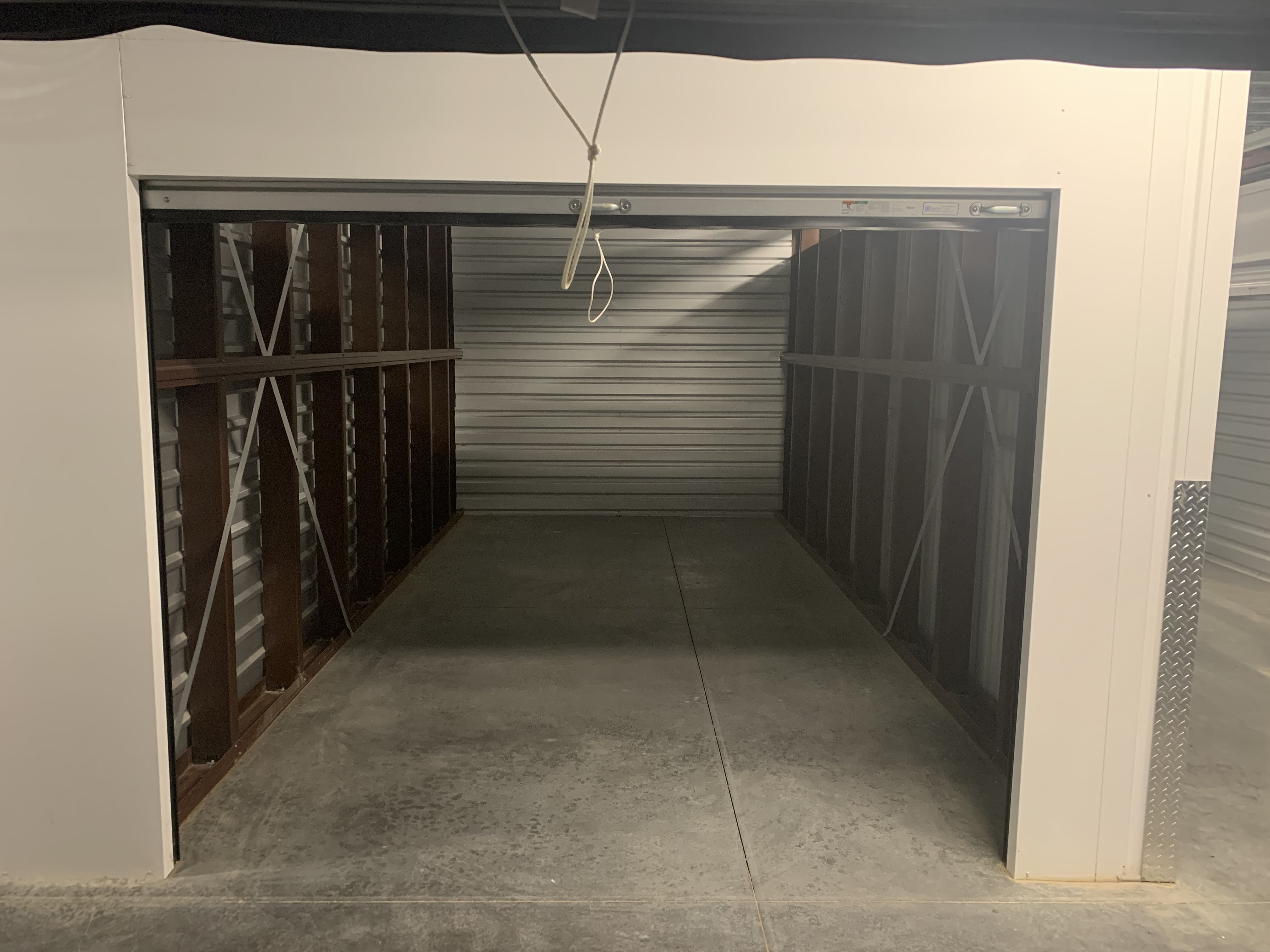 Interior Storage Units Blue Springs MO