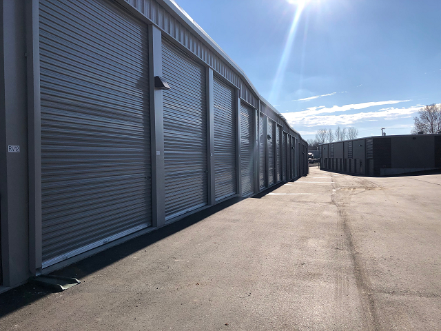 RV Storage Units in Shawnee KS
