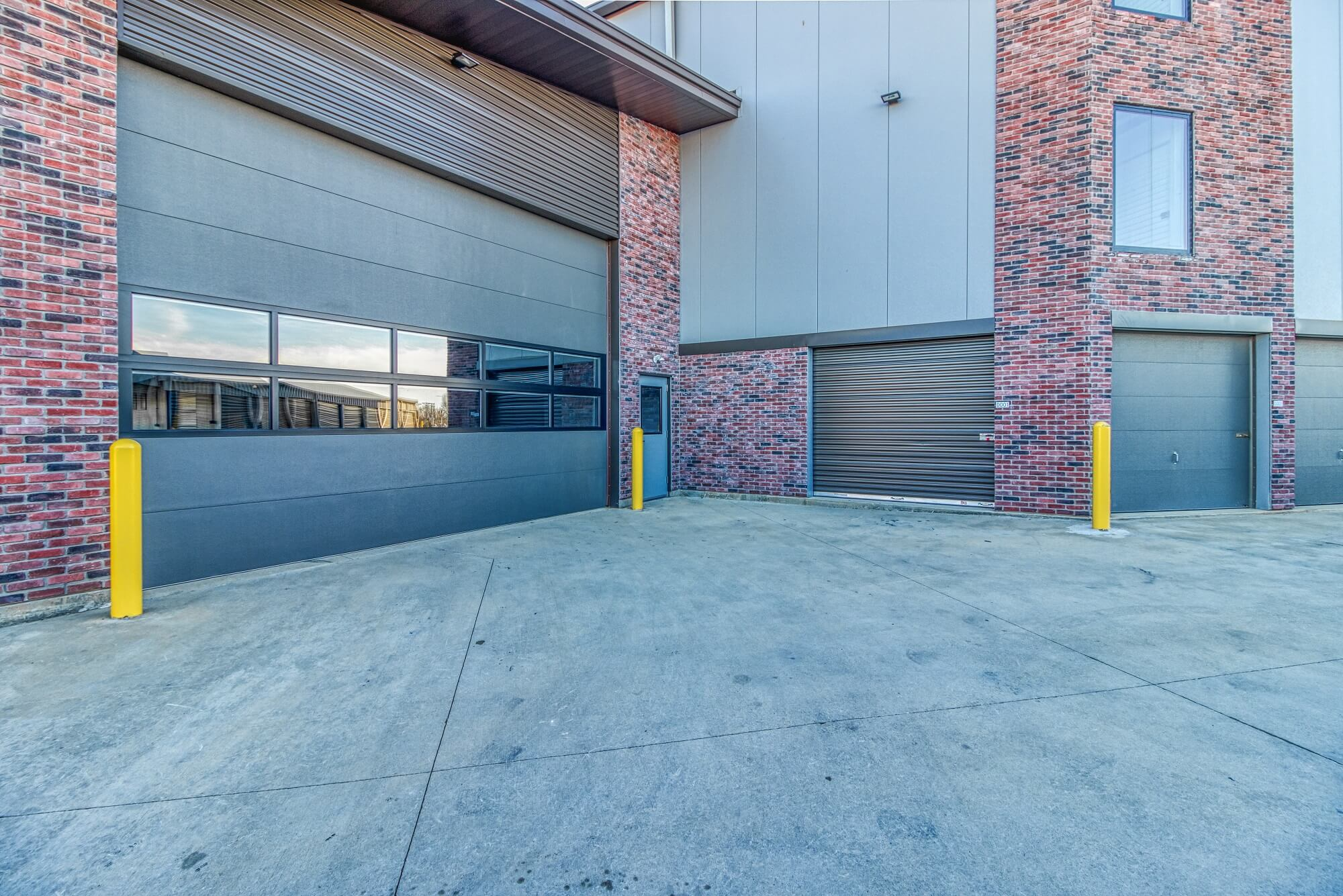 Drive Through Loading and Unloading Dock