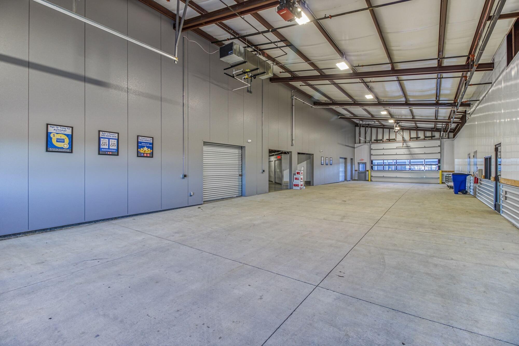 Inside Loading Dock in Blue Springs MO
