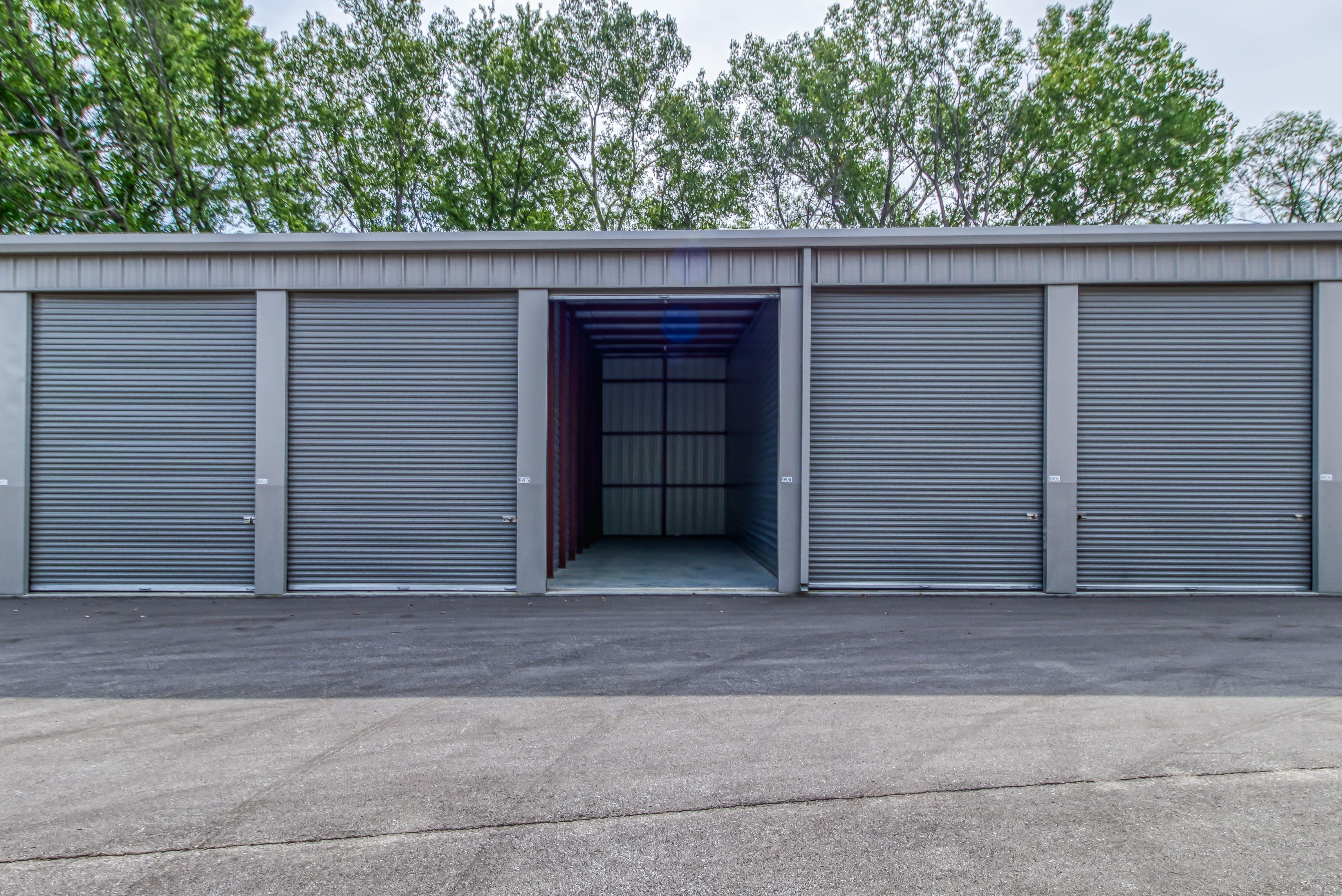 Large RV Storage Units in Shawnee KS