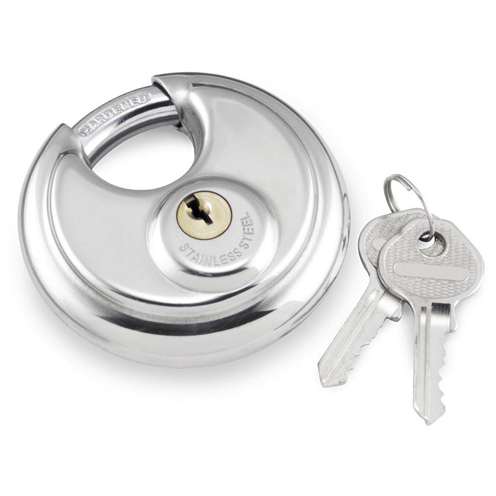 Self storage lock and keys